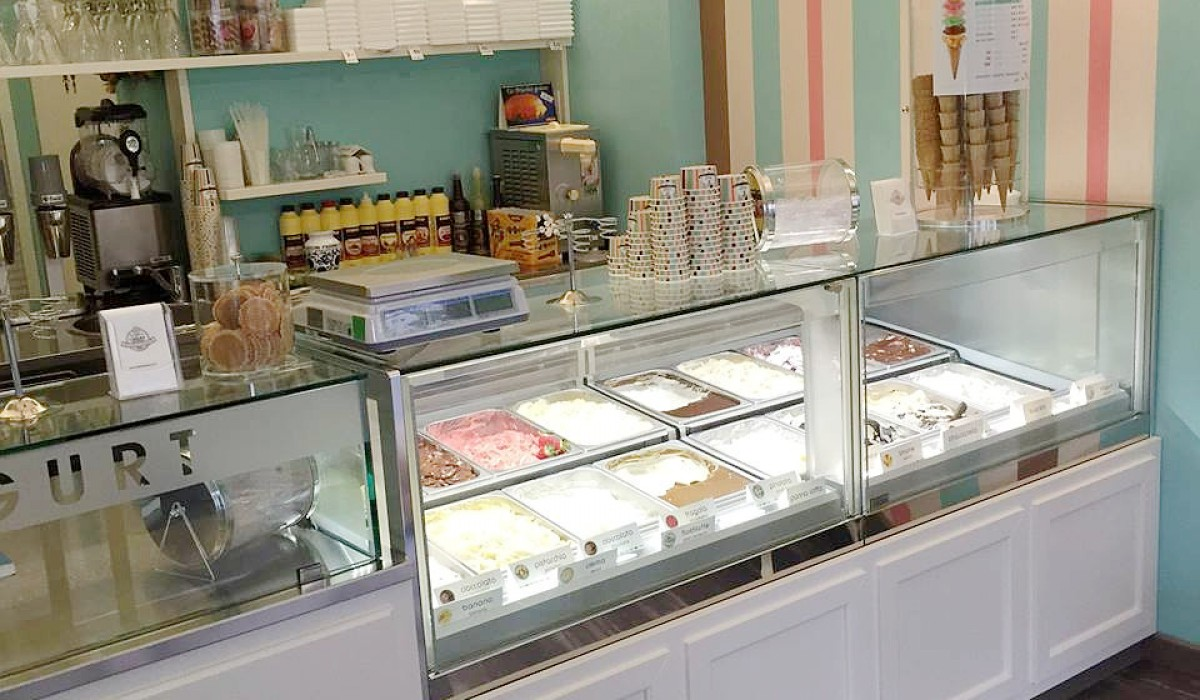 I gelati di piero gelateria nova arredamenti for Chelini arredamenti